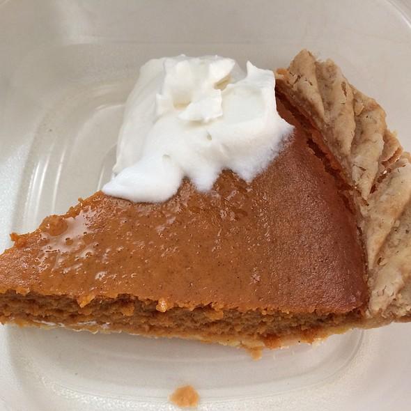 Pumpkin Pie @ Safeway
