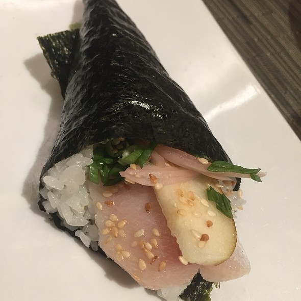Hamachi Hand Roll With Pears, Pickled Shallots, And Sesame Seeds