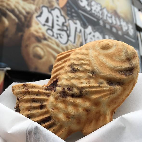 たい焼き @ 鳴門鯛焼本舗 神田西口店
