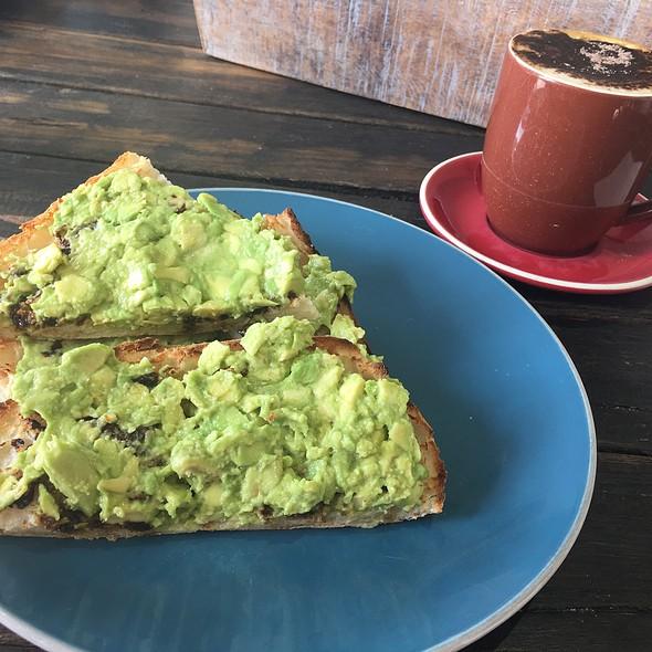 The Burgo @ Mudcat Cafe