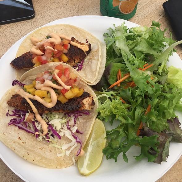 Mahimahi Fish Tacos @ Lahainaluna Cafe