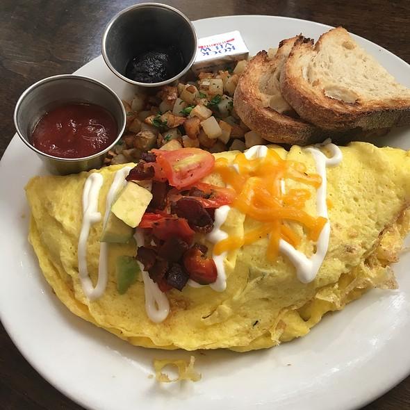 California Omlette @ Blu Jam Cafe