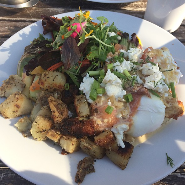 Poached Eggs Smoked Salmon And Goat Cheese @ Pow Wow Cafe