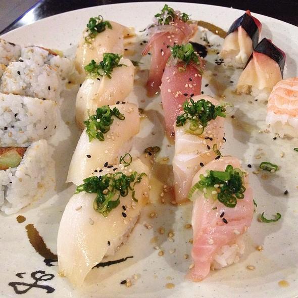 Mixed Sushi Plate @ Yokozuna