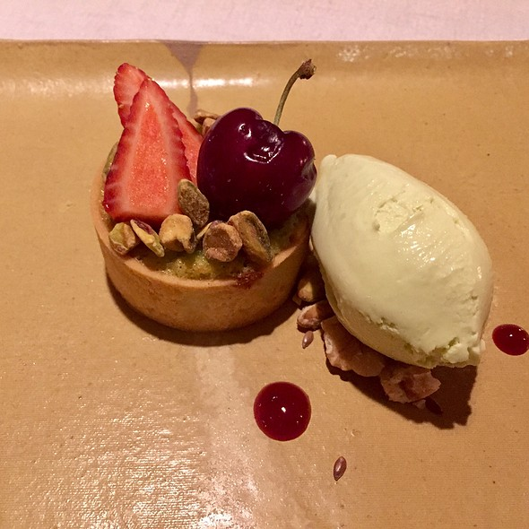 Pistachio Tart With Pistachio Rica-Rica Ice Cream And Toasted Walnuts
