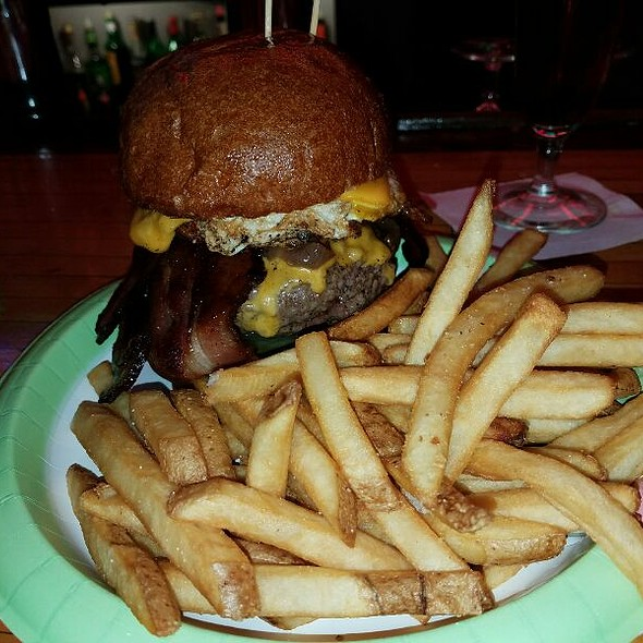 Bacon Cheeseburger @ Terry's Turf Club