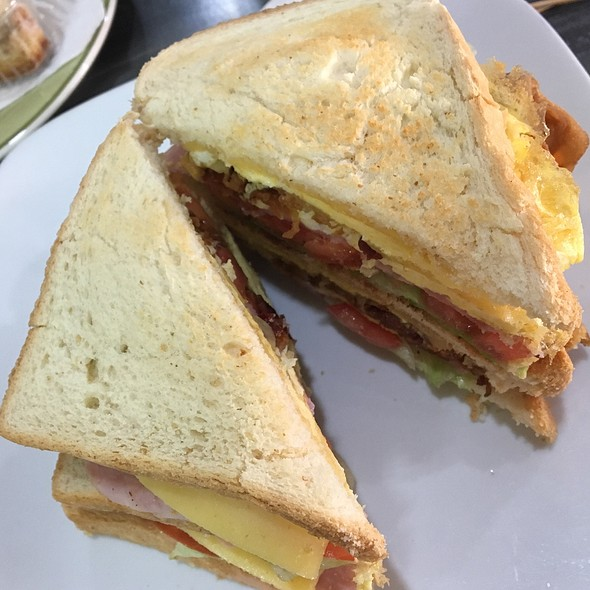 Club Sandwich @ House Of Cake