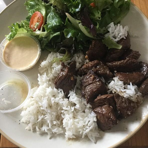 Shaking Beef @ Nam Nam Cafe