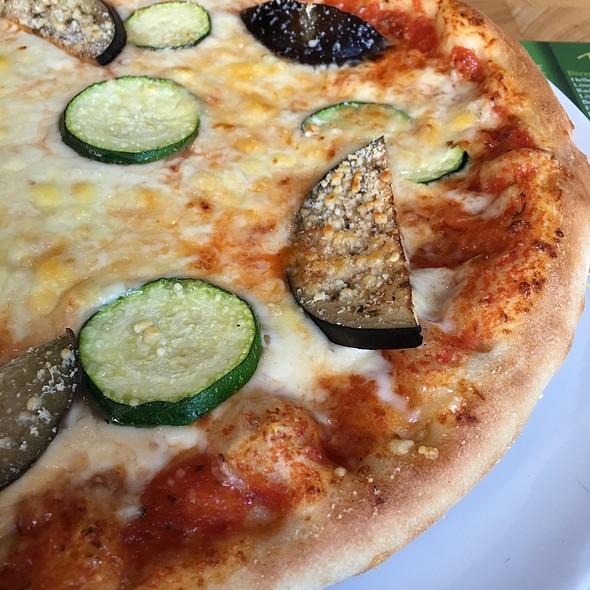 Pizza Parmigiana @ Pasta e Basta