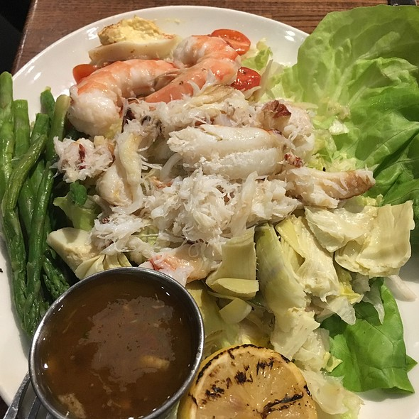 Crab Louie @ Kincaid's