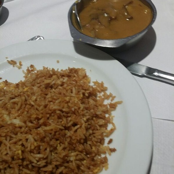 Beef Curry With Fried Rice
