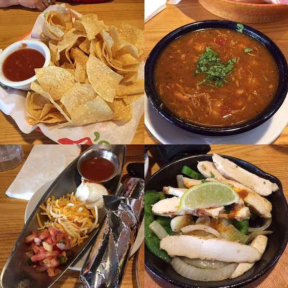 Chips With Salsa, Southwest Chicken Soup And Chicken Fajitas