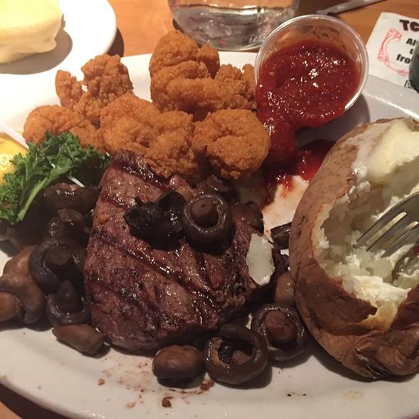Shrimp And Steak @ Texas Corral