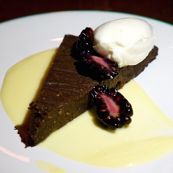 Flourless chocolate cake, blackberries, chantilly crème