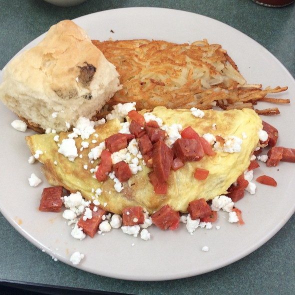 Chorizo, Tomato And Goat Cheese Omelet With Biscuit
