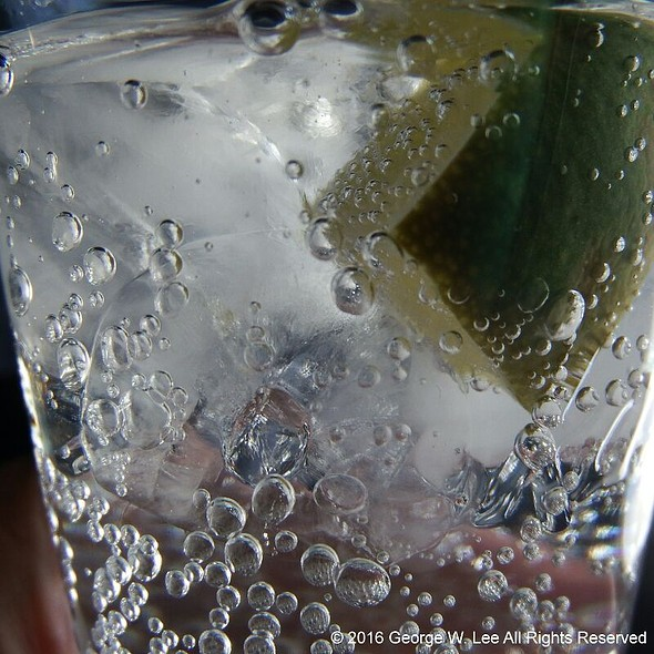 Canada Dry Tonic Water @ LSG Sky Chefs @ AS Alaska Airlines