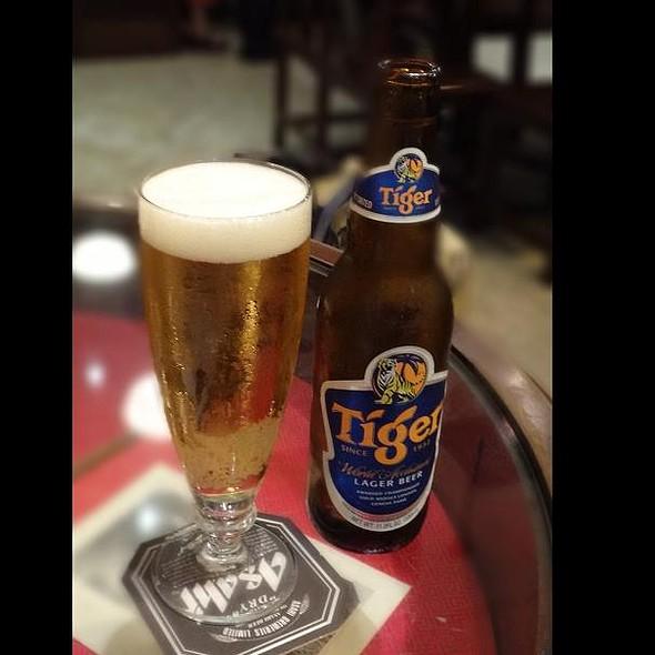 Tiger beer @ Soup Restaurant @ RAFFLES HOTEL ARCADE
