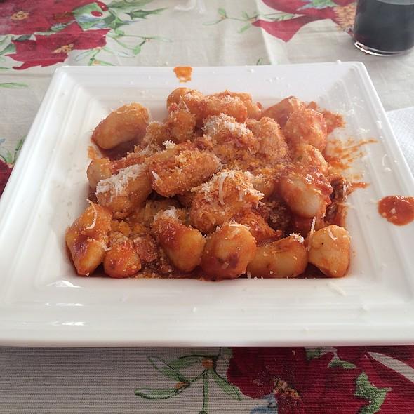 Gnocchi with Napolitan meat ragout @ Gencarenzo