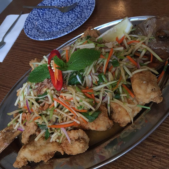 Crispy Snapper With Green Mango Salad @ Green Peppercorn