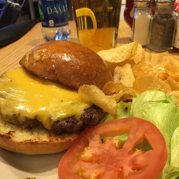 Big Butter Burger @ Matt's Big Breakfast