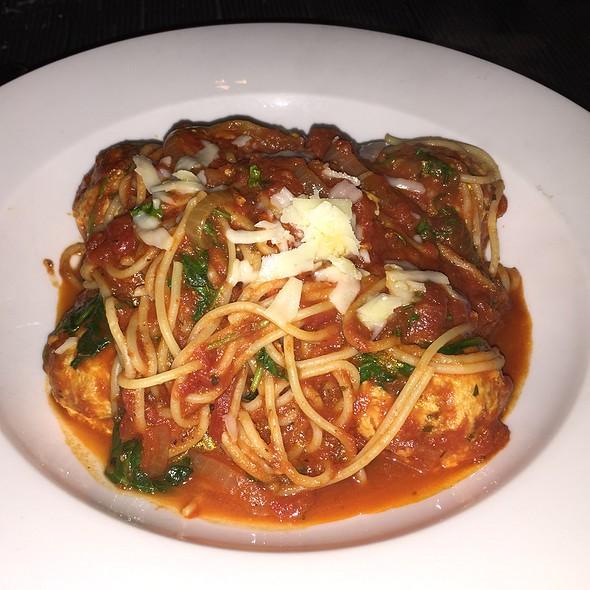 Spaghetti and Chicken Meatballs @ Bedford & Burns