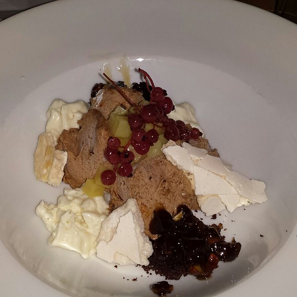 Gingerbread Ice Cream with pickled Beetroot and Potato Foam