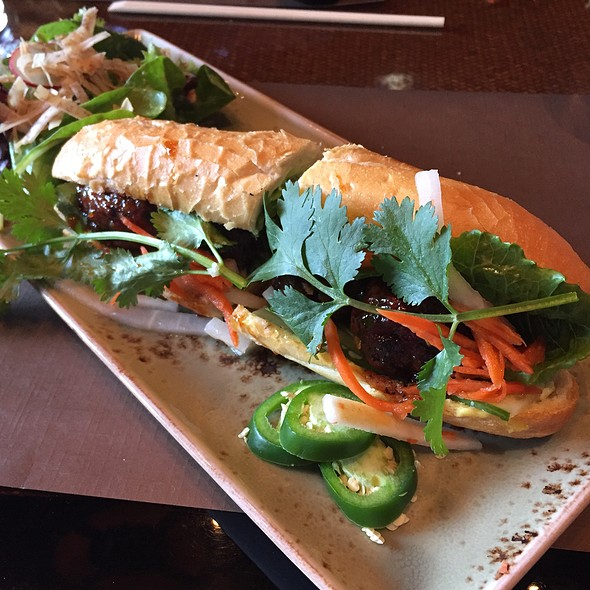 Spicy Chicken Meatball Bahn Mi @ Rock Sugar