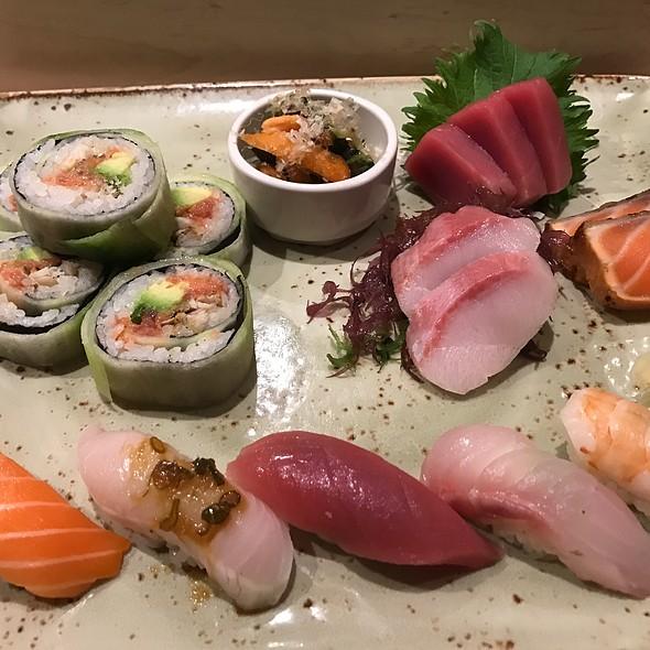 Assorted Sushi @ Sushi Seki
