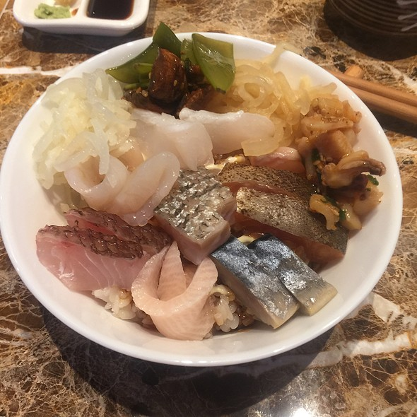 Chirashi @ Soyokaze