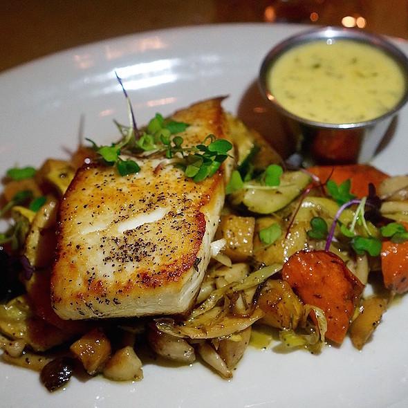 Atlantic halibut, carrots, celery root, leeks, mushrooms, zucchini bearnaise sauce