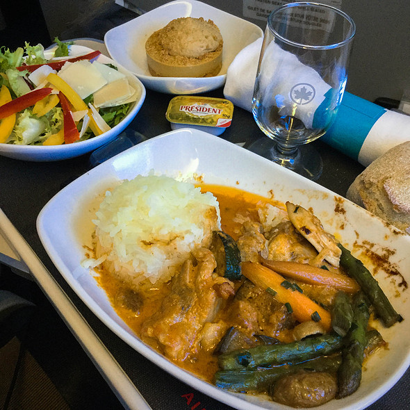 Chicken Curry @ Air Canada Premium Economy