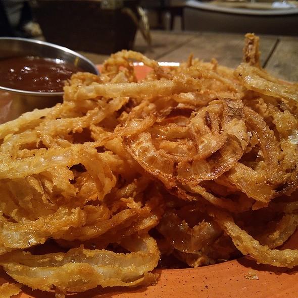 Onion Rings @ Restaurante Queen Burger Gourmet y Mas
