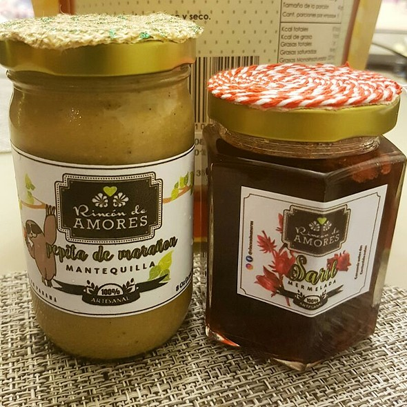 Cashews Butter And Saril Jelly