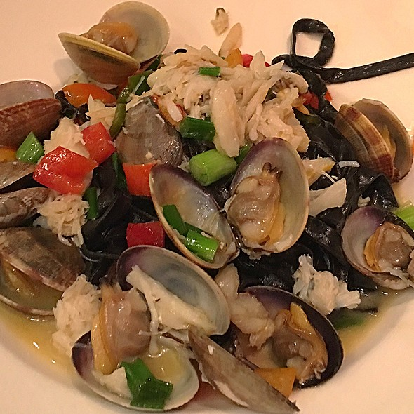 Squid Ink Pasta With Seafood @ Kuleto's Italian Restaurant