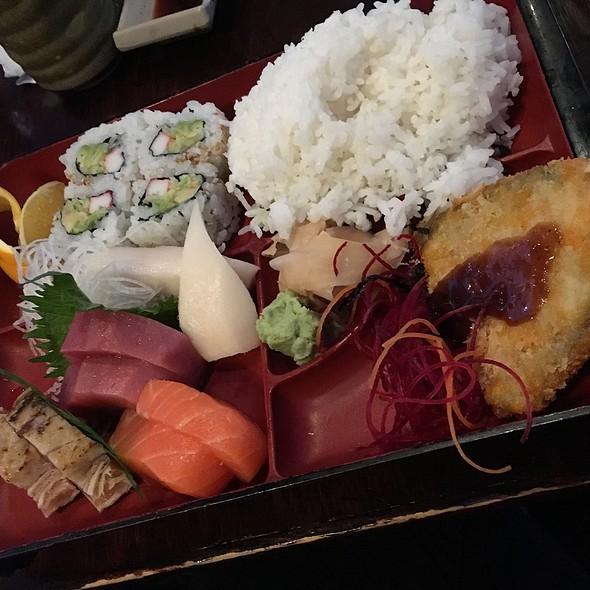 Sashimi Bento