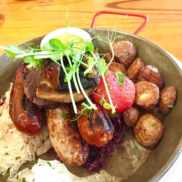 Sausage Grill @ Duckstein German Brewery & Restaurant