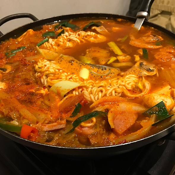 Spicy Korean Hotpot @ Khan
