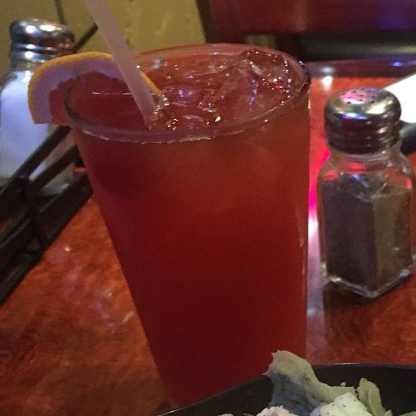 Long Island Tai @ Roundin 3rd Sports Bar & Grill