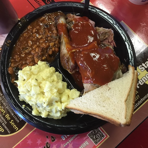 Ribs & Chicken Combo W/Potato Salad & Baked Beans