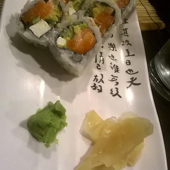 Phillidelphia Roll @ Bocho sushi
