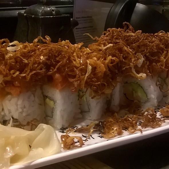 #5 sushi roll @ Bocho sushi