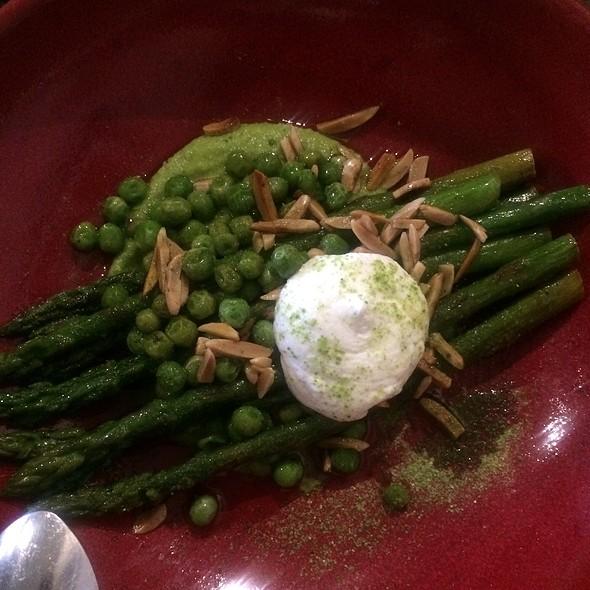 Asparagus, Peas, Yoghurt