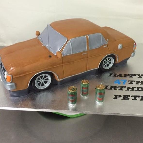 Car Birthday Cake @ Annettes Heavenly Cakes