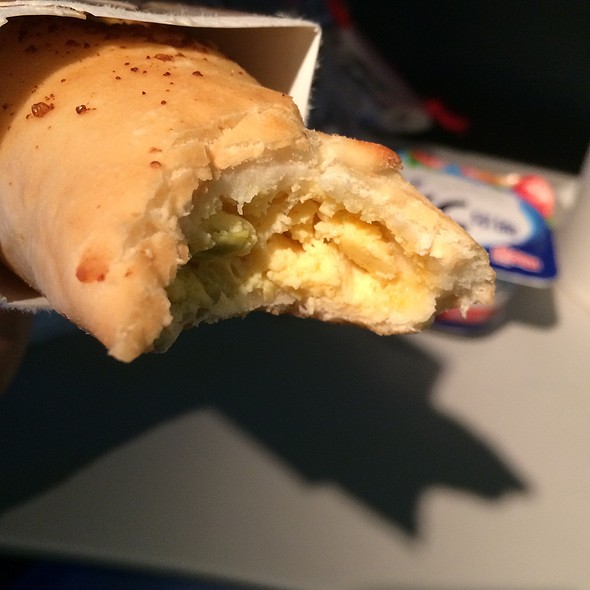 Stromboli Cheese & Egg @ Delta Airlines (Haneda To Lax)