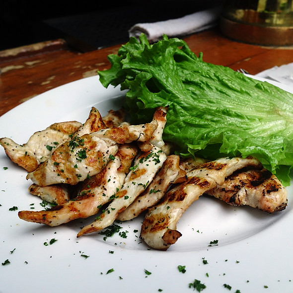 Grilled Chicken Strips @ Dublin's Bar & Grill