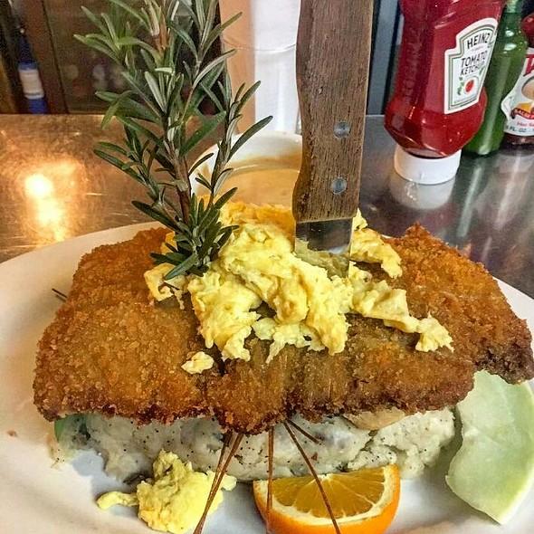 Sage Fried Chicken Benedictine