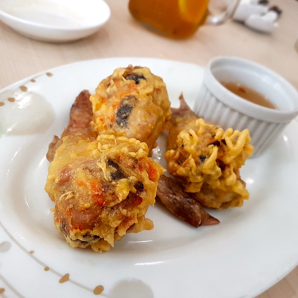 Stuffed Chicken Wings @ Trà Vinh Authentic Vietnamese Noodles