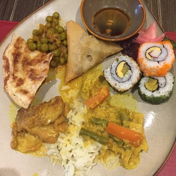 Breakfast Buffet @ Escape Restaurant & Lounge