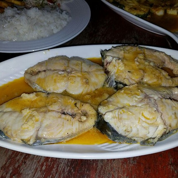 Curry King Fish @ Miss Bridgette's