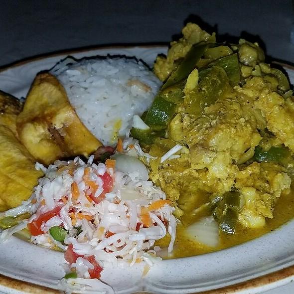 Chicken Curry @ Colorstone Restaurant